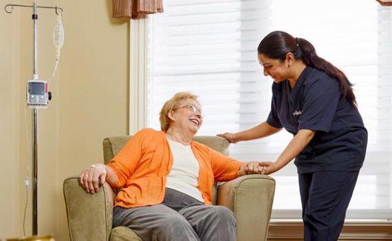 وظیفه و وظایف پرستار سالمند در منزل